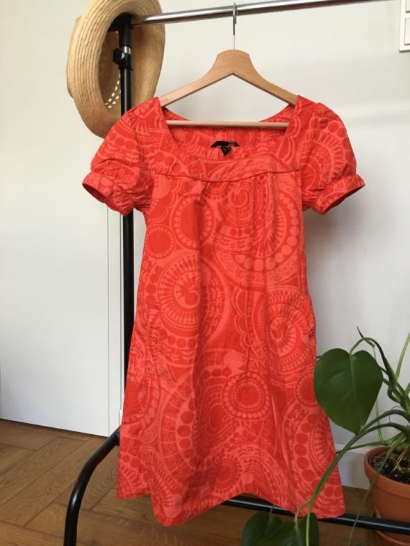 Sukienka XS czerwona...
