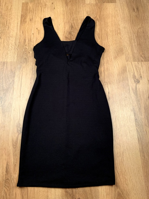 Mini sukienka mała czarna...