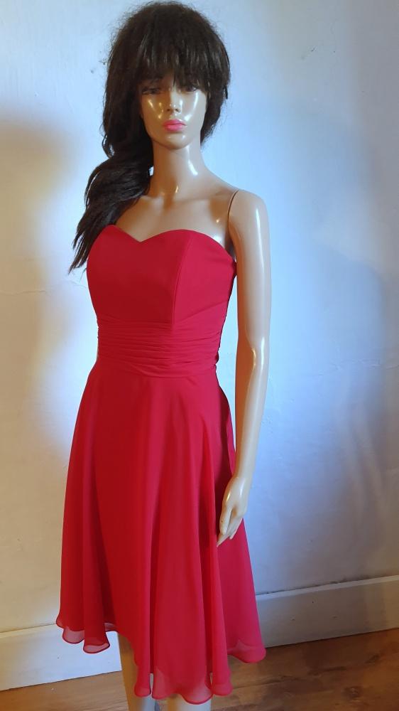 Czerwona sukienka bez ramiączek r 40