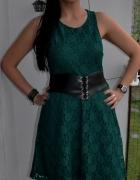 szmaragdowa zielona sukienka z koronki...