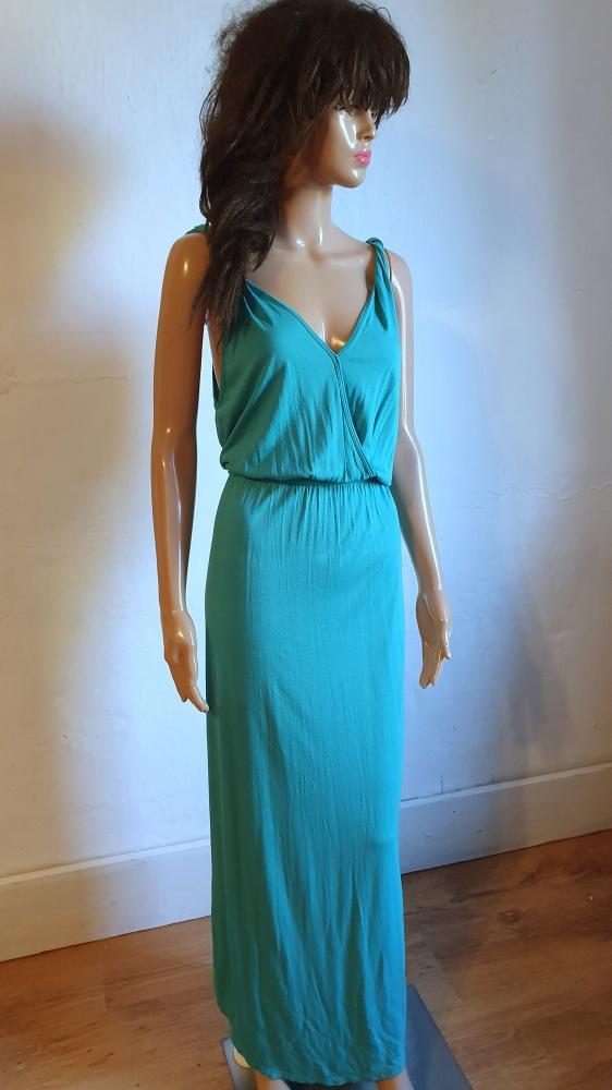 Lejąca sukienka maxi r M