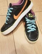 Buty Nike 375...