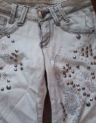 Białe spodnie cyrkonie dżety D she