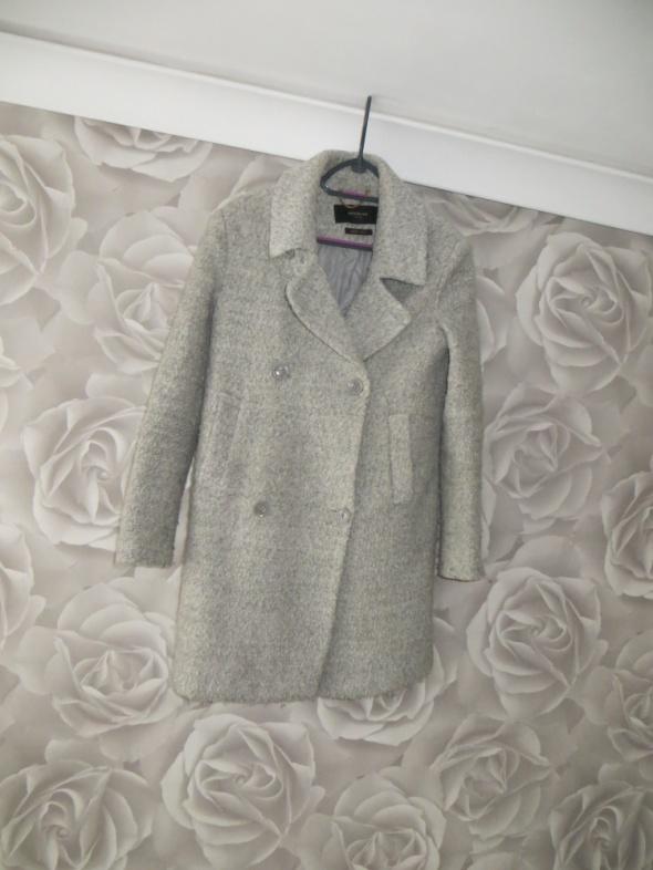 Płaszcz Reserved wiosenny 34 XS...