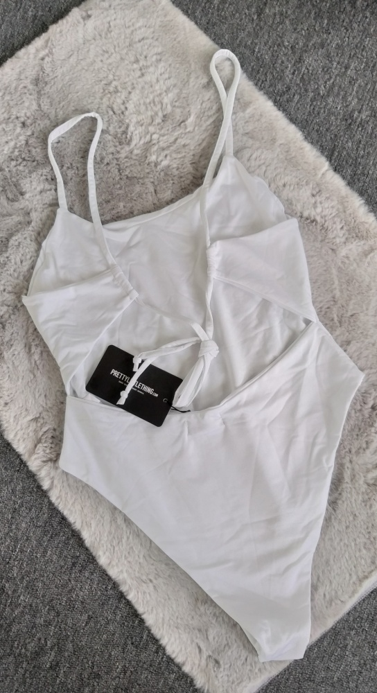 Nowy strój kąpielowy PrettyLittleThing L...
