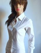 Biała koszula zapinana w kroku r M...