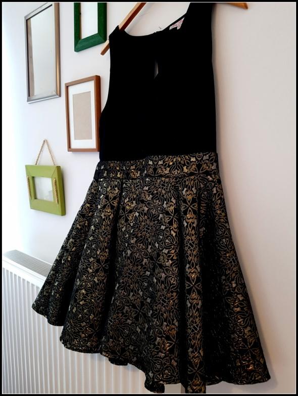 Suknie i sukienki Czarno złota sukienka haftowana złota nitka r 40