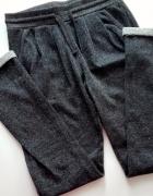 Dresowe spodnie ciemno szare ze srebrna nicią sportowe XS S...