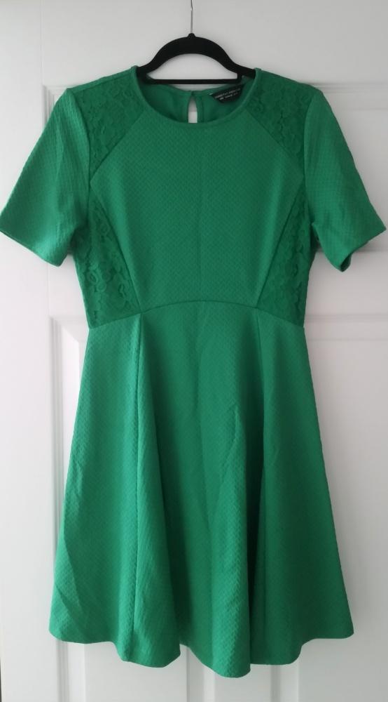 Dorothy Perkins zielona sukienka rozkloszowana