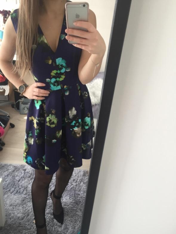 sukienka kwiaty asoss...