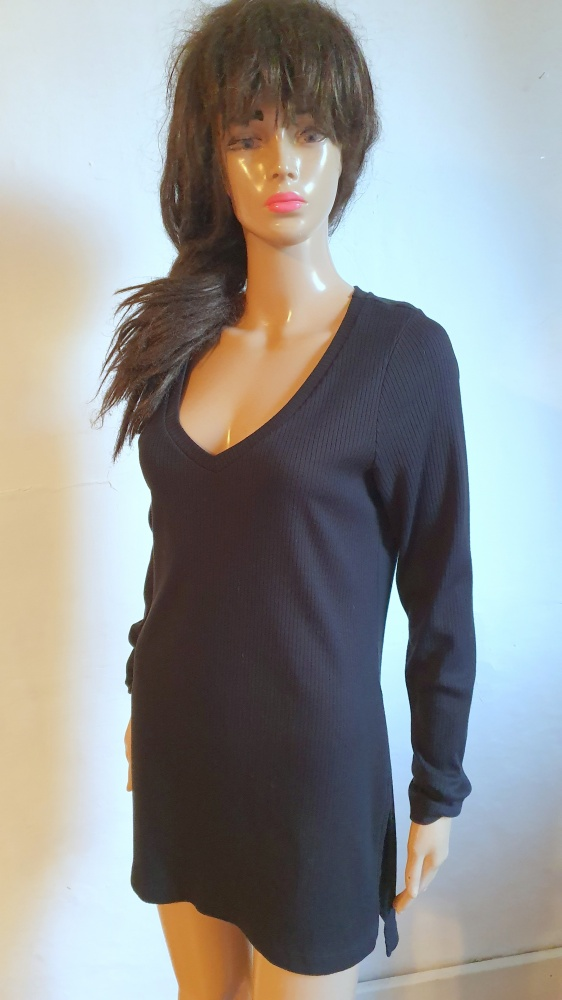 Suknie i sukienki Czarna prążkowana sukienka r M