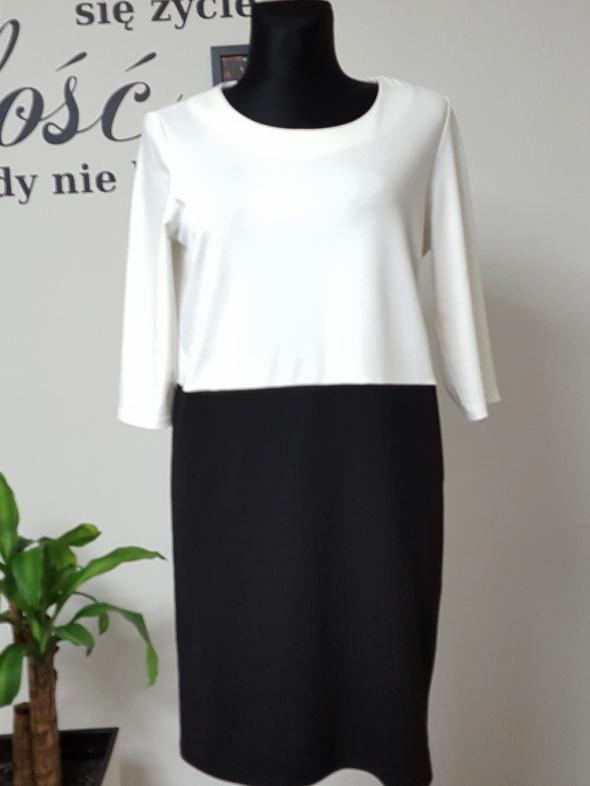 luzna biało czarna sukienka
