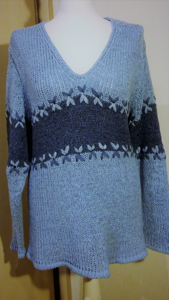 sweter dwukolorowy...