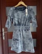 Sukienka dekatyzowana ściągacz