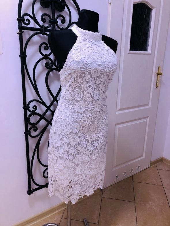 Biała sukienka koronka L