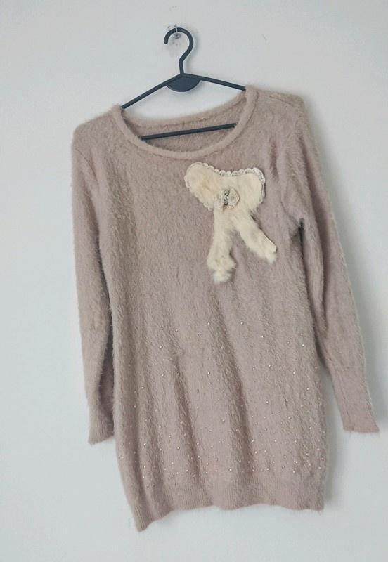 Brązowy miękki sweter z kokardką