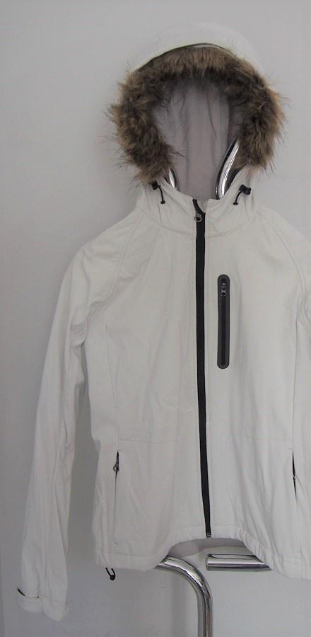 M NOWA Jasna kurtka z odpinanym futerkiem typu softshell