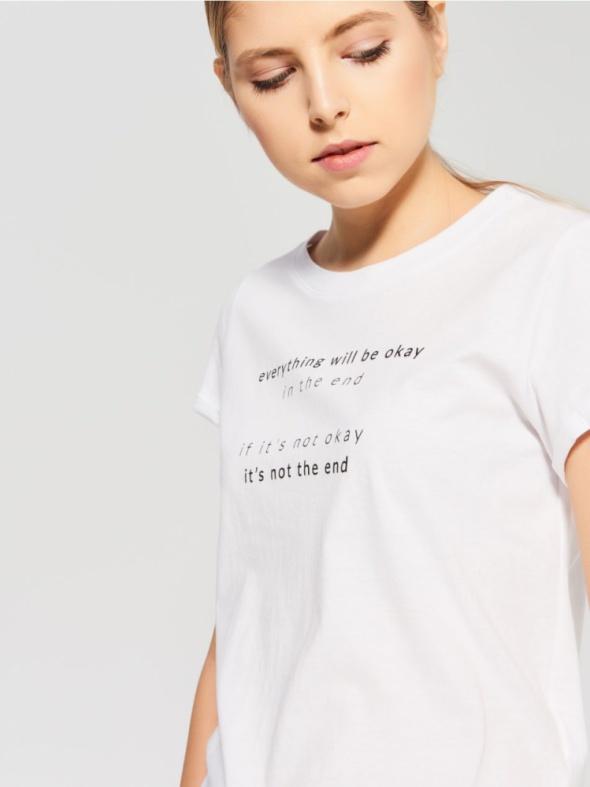 Biały bawełniany t shirt...