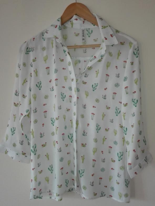 Koszula biała w kaktusy marki STRADIVARIUS