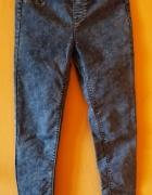 Jeansy elastyczne Bershka...