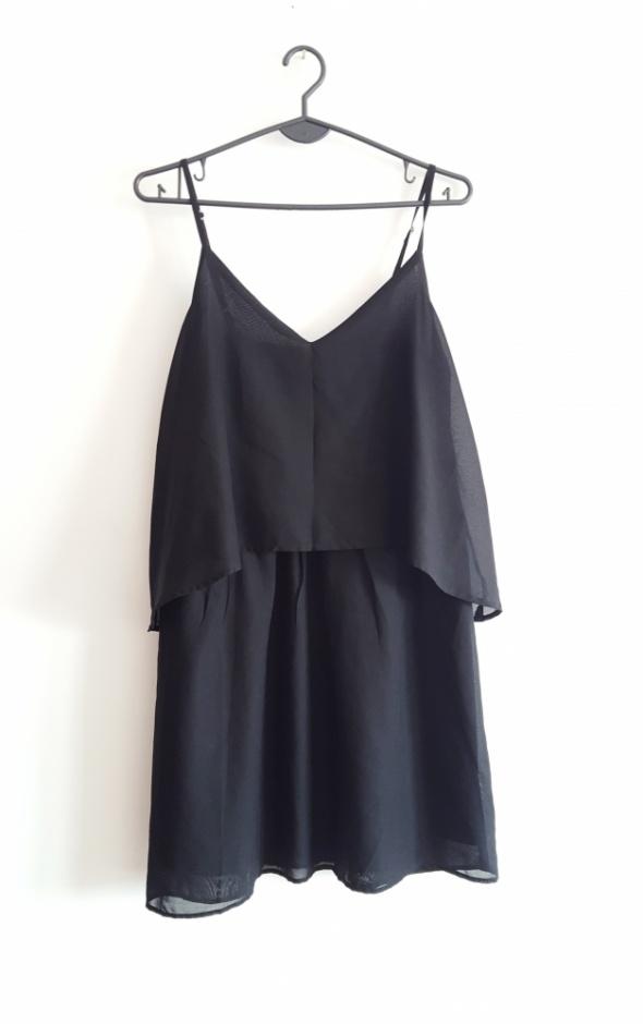 Vero Moda zwiewna czarna sukienka na lato M 38 10...