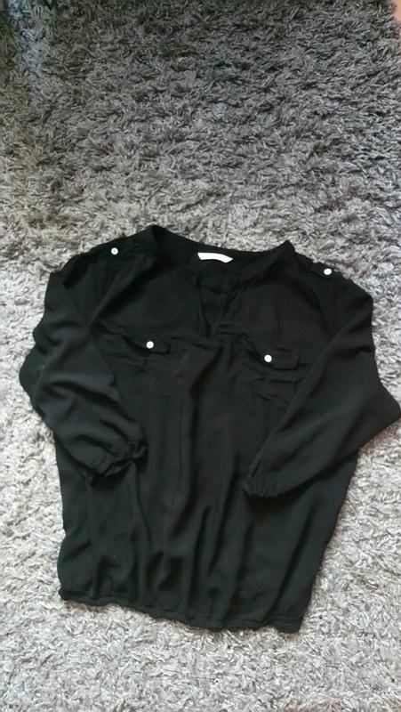 Czarna bluzka Cameiu...