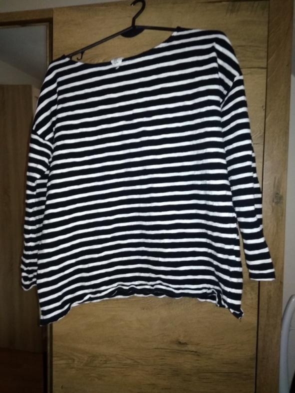 Czarno biały pasiak H&M...