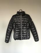 4F Czarna klasyczna pikowana kurtka puchówka nowa bez kaptura r...