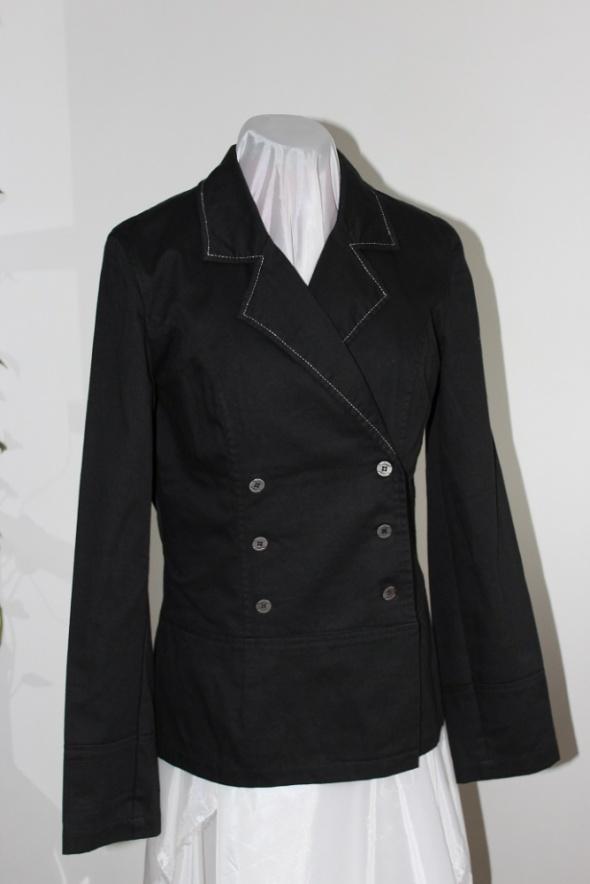 marynarka żakiet czarny elegancki klasyczny
