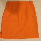 Krótka pomarańczowa spódnica