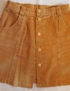 Brązowa krótka spódnica