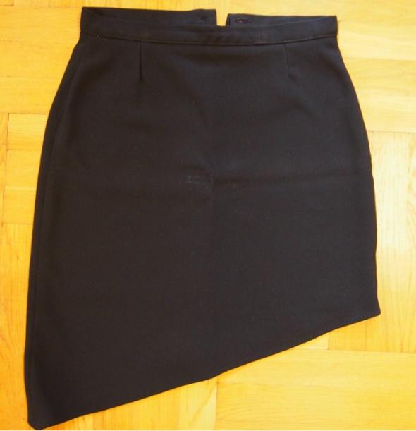 Spódnice Czarna oryginalna spódnica mini