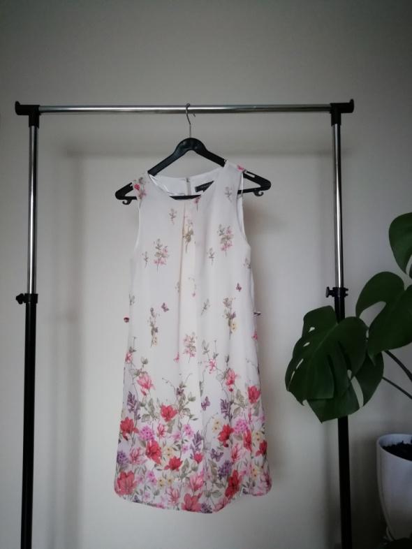 Suknie i sukienki sukienka kwiaty primark S