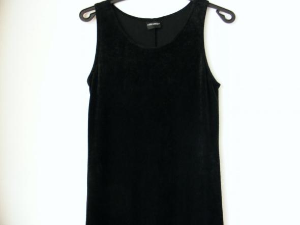 Sukienka czarna pluszowa Nicowa rozmiar M L