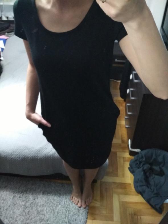 czarna sukienka kieszenie