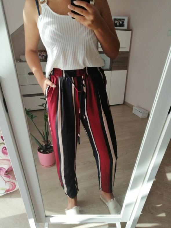 Spodnie w paski pretty Little thing M cudo poszukiwane...