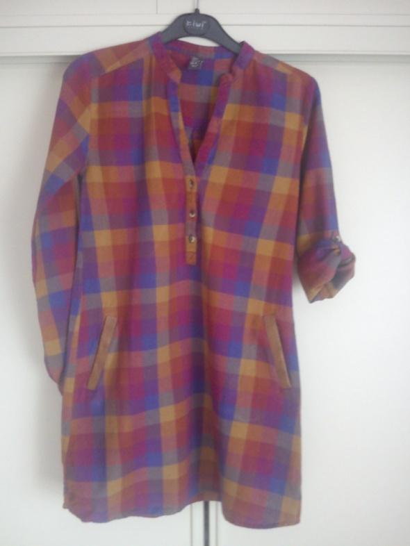 Długa tunika koszula w krate