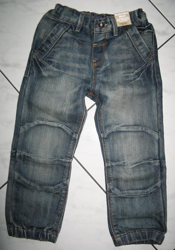 NEXT chłopięce spodnie jeans roz 104...
