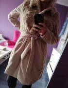 Elegancki płaszcz Mohito...