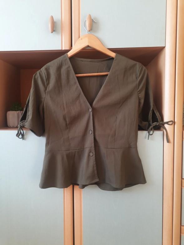 Bluzka Vero Moda na guziki baskinka khaki wiązanie top z krótkim rękawem