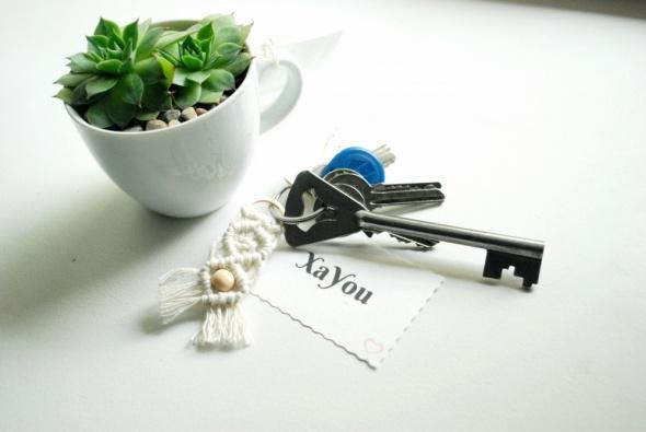 Brelok breloczek do kluczy zawieszka makrama