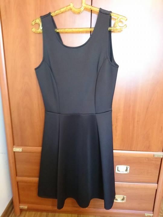 Czarna sukienka CAMAIEU