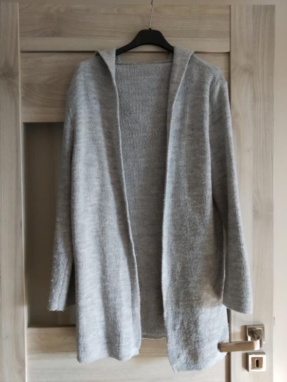 siwy sweter kardigan z kapturem...
