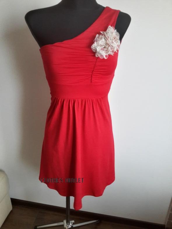 Suknie i sukienki Czerwona sukienka Bonprix XS