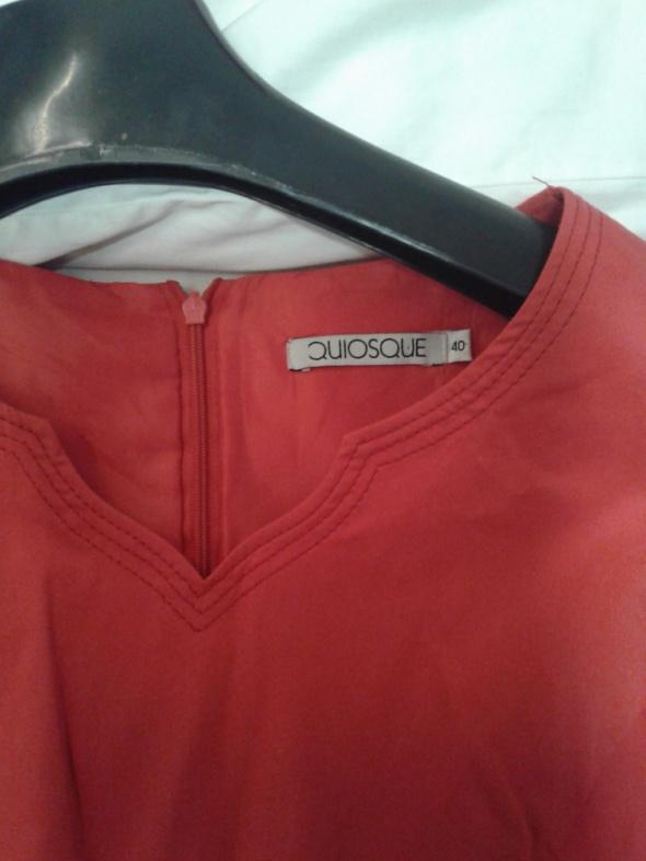 Czerwona sukienka jak nowa...