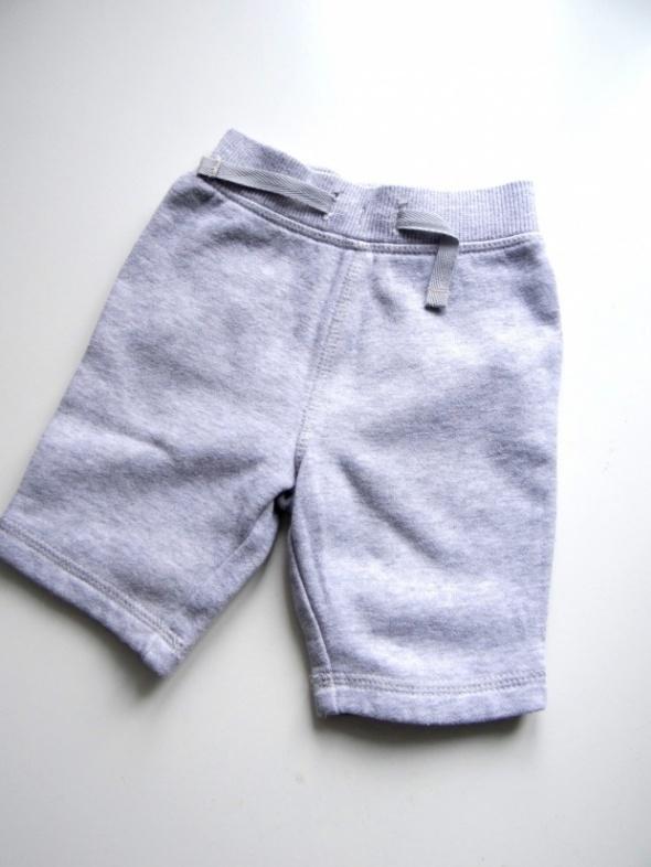 Spodnie i spodenki Szare dresowe spodnie