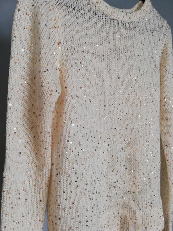 Mohito kremowy sweterek ze złotymi cekinami XS