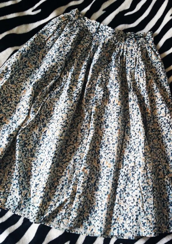 Spódnica midi trapezowa S