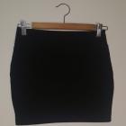 Spódniczka dziewczęca bawełniana czarna r 158 160