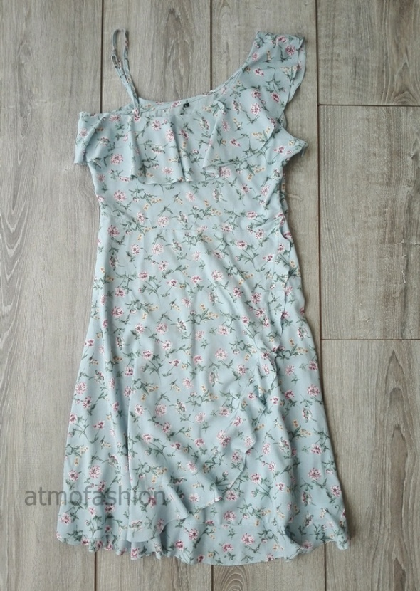 shein sukienka hiszpanka baby blue blekitna kwiaty